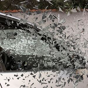 car-accident-broken-glass-splatter-glass